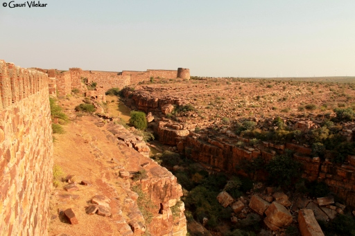 Gandikota fort wall lining the cliff