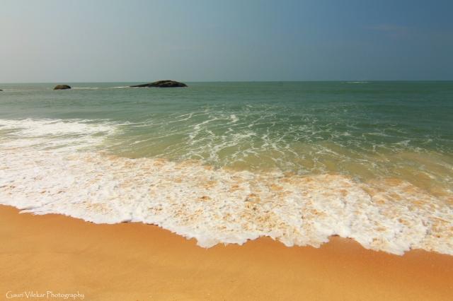 The turquoise sea, Kapu