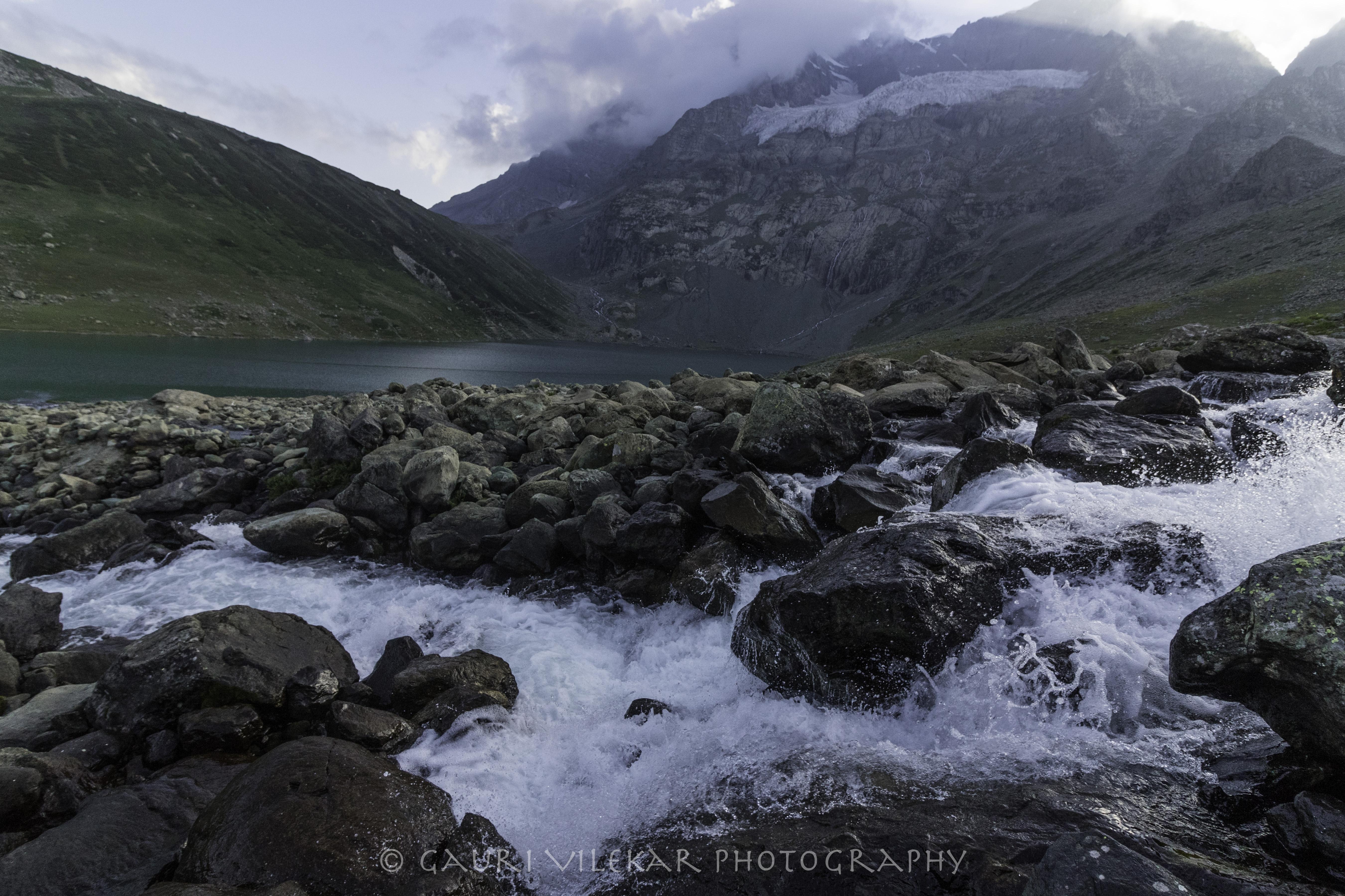 Nundkul lake waterfall-4962