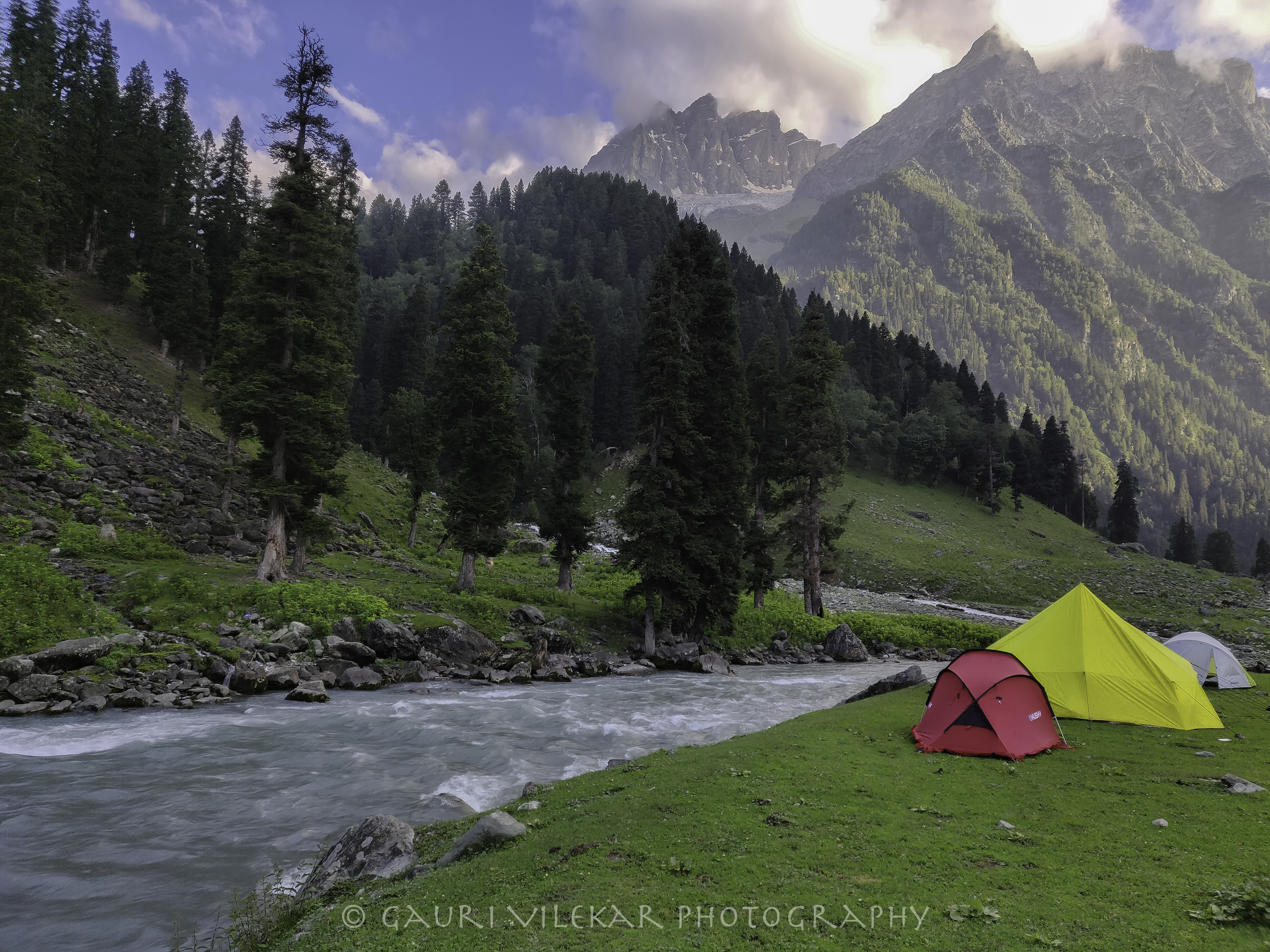 Sonmarg camp kgl-183137